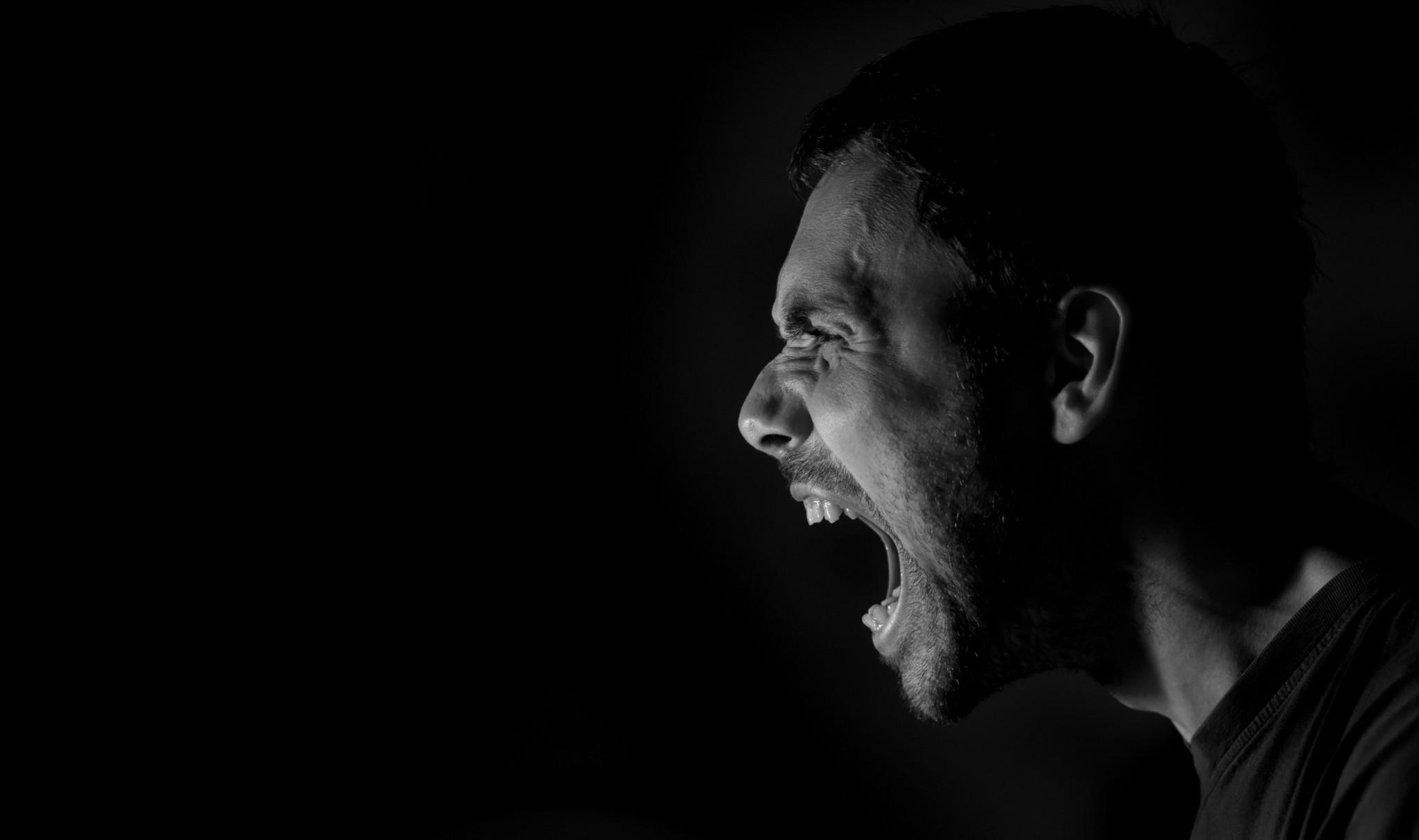 La dificultad de sobrevivir con una persona ansiosa, Enfermedades y su tratamiento
