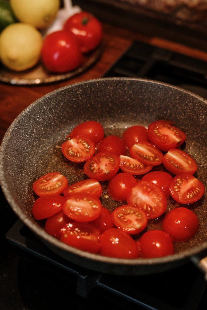 Cuide su colesterol y lo que come, Enfermedades y su tratamiento